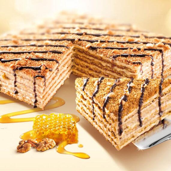 4060 Tarta checa con miel y nueces